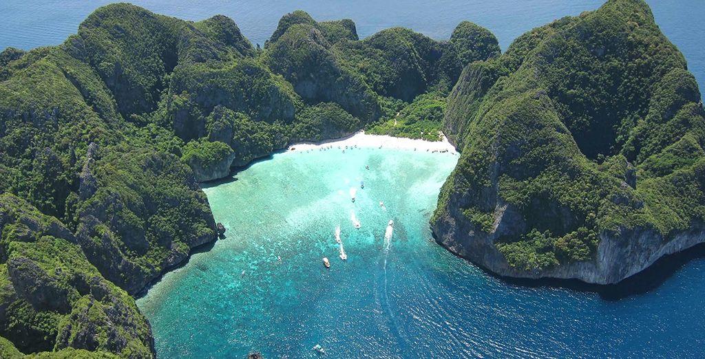 Ses plages baignées par des eaux limpides