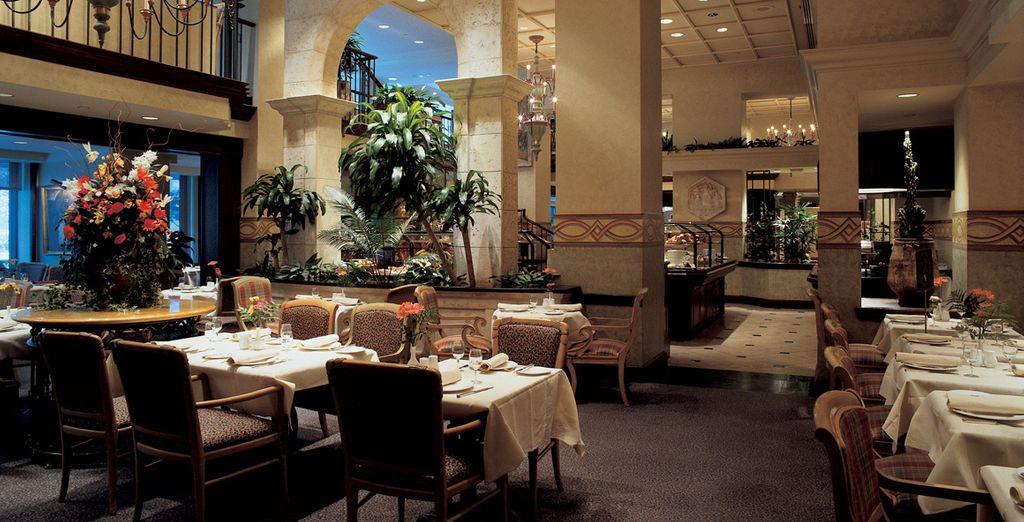 Dans le magnifique restaurant de l'établissement