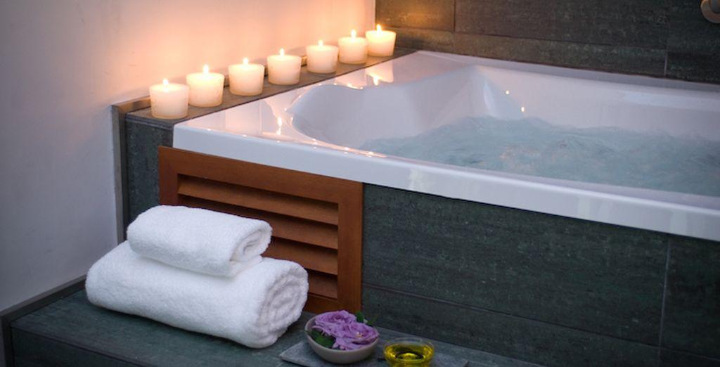Ou un moment de détente dans cette baignoire hydromassante par exemple ?