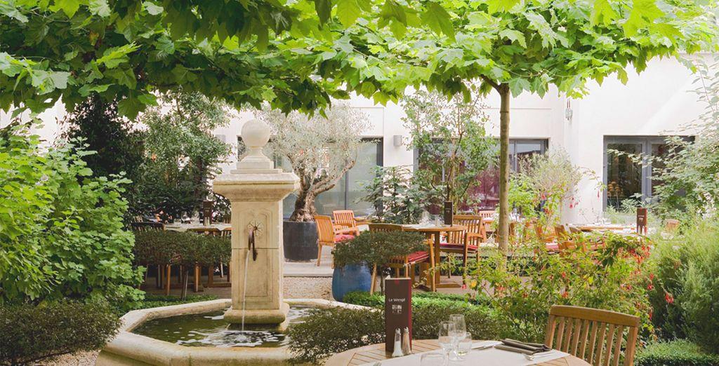 Ou au calme dans le joli patio