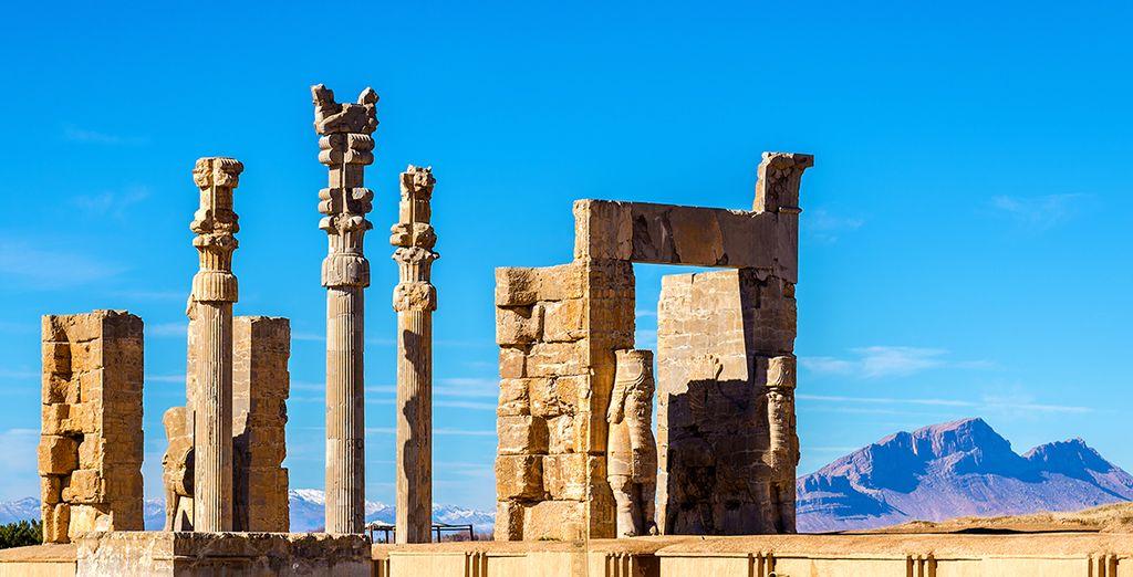 En passant par Persepolis, le site le plus impressionnant de la Perse antique