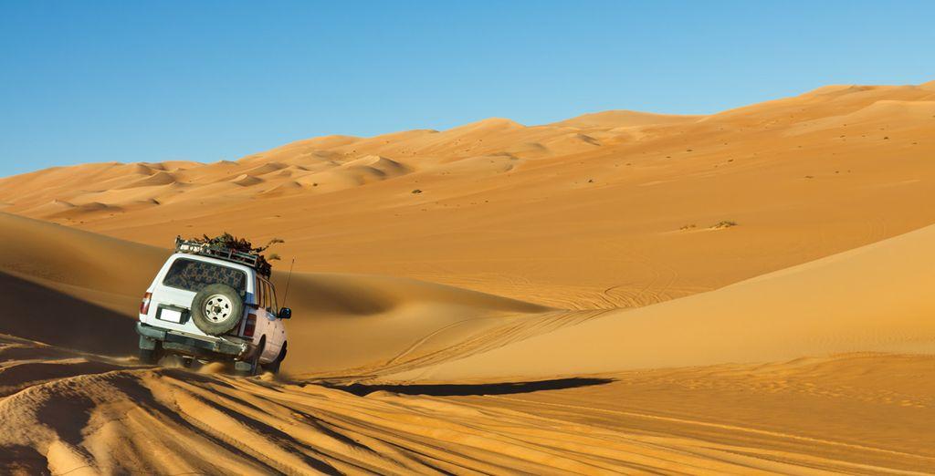 Offrez-vous une échappée dans le désert en 4X4, en option et avec supplément
