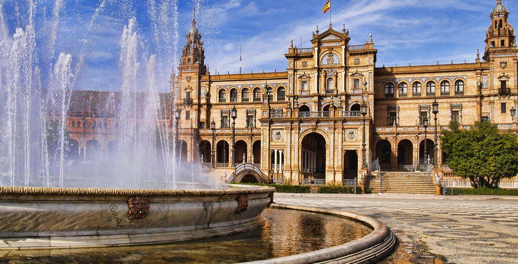 Ne manquez pas l'incontournable Place d'Espagne