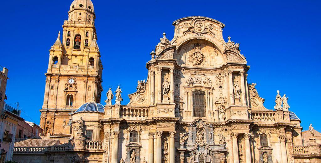 Réputée pour sa cathédrale