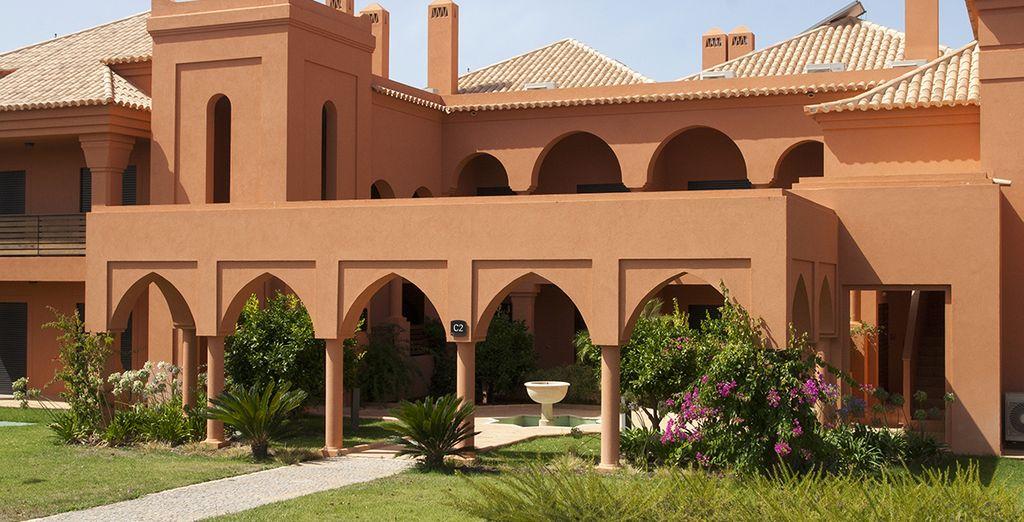 Vous serez logé à l'Amendoeira Golf Resort 4*