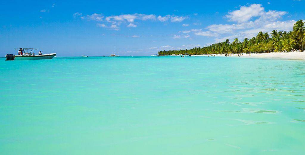 Croisière Caraïbes avec Pullmantur distribué par Croisières de France, plage de sable fin et eaux turquoise