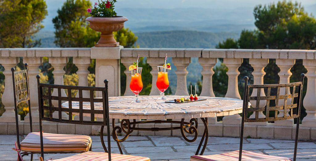 ... ou de siroter un cocktail en terrasse face à la nature