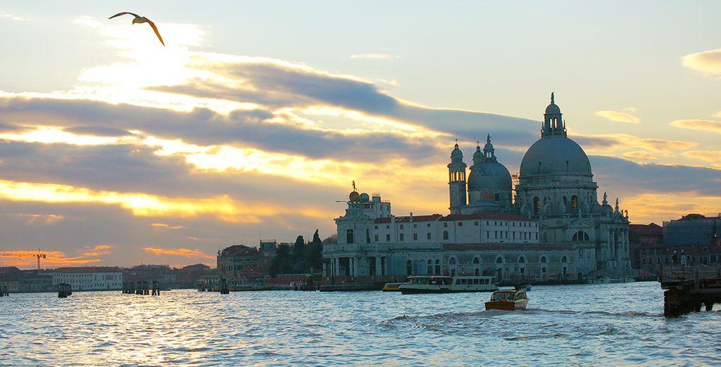 A 30 minutes en Vaporetto de la sublime Venise