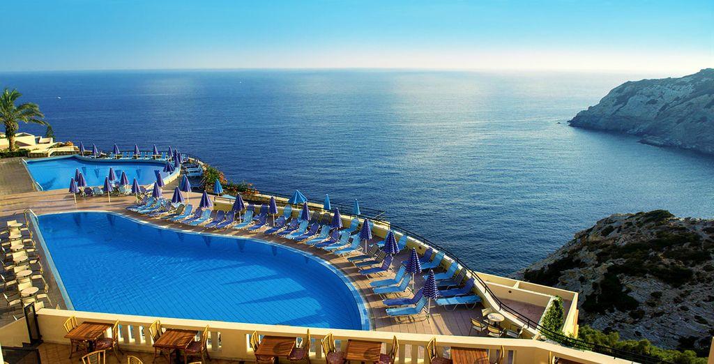 Profitez d'une situation exceptionnelle en bord de mer - Club Coralia Athina Palace Hotel 5* Lygaria