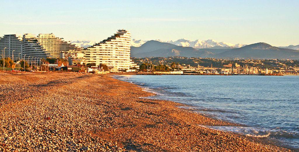 Passez vos prochaines vacances dans un cadre unique ! - Résidence Le Royal Cap - Villeuneuve Loubet - France Villeneuve Loubet