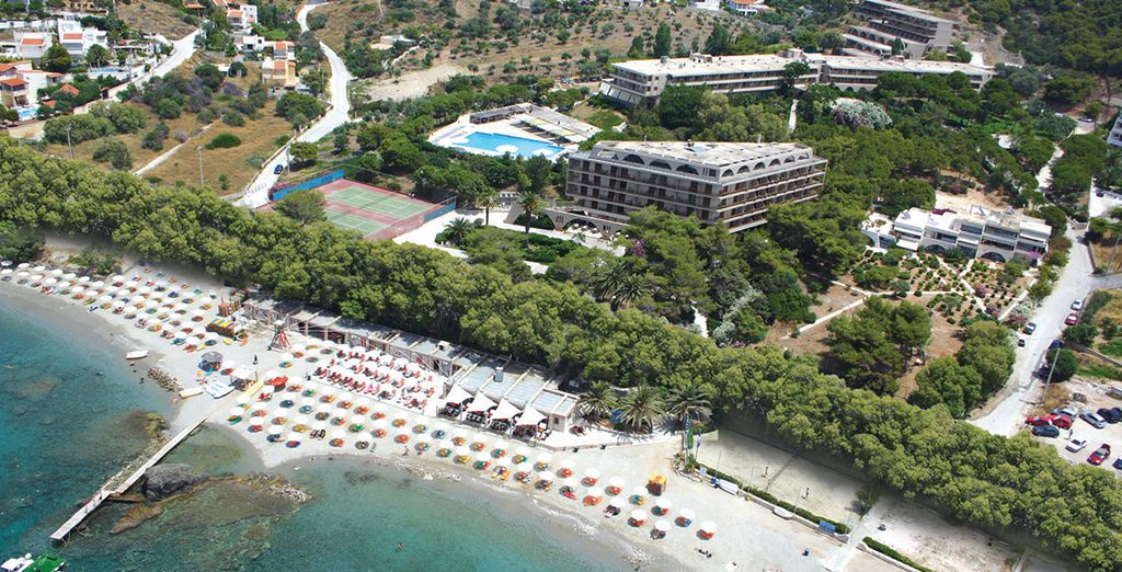 Bienvenue à l'hôtel Eden Beach Resort 4*