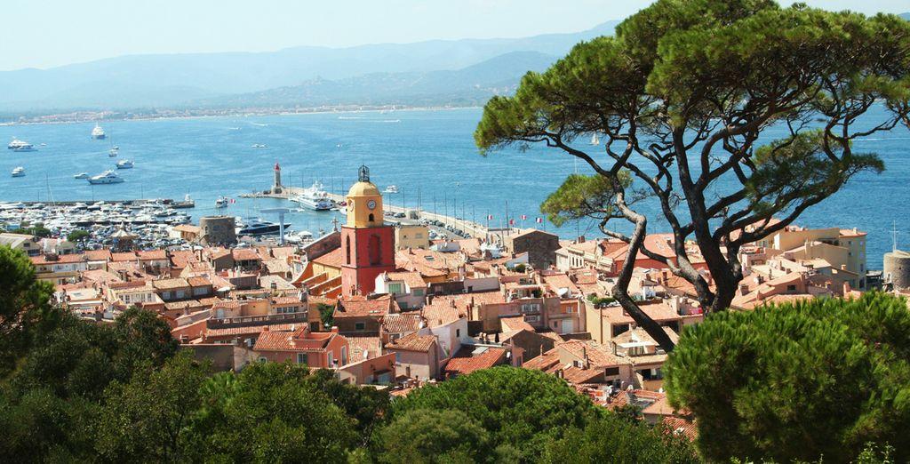 N'oubliez pas d'aller visiter St-Tropez, à quelques minutes seulement !