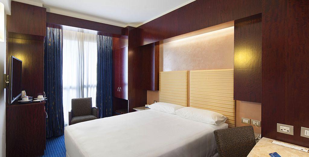 Vous poserez vos valises en chambre Supérieure, spacieuse et confortable