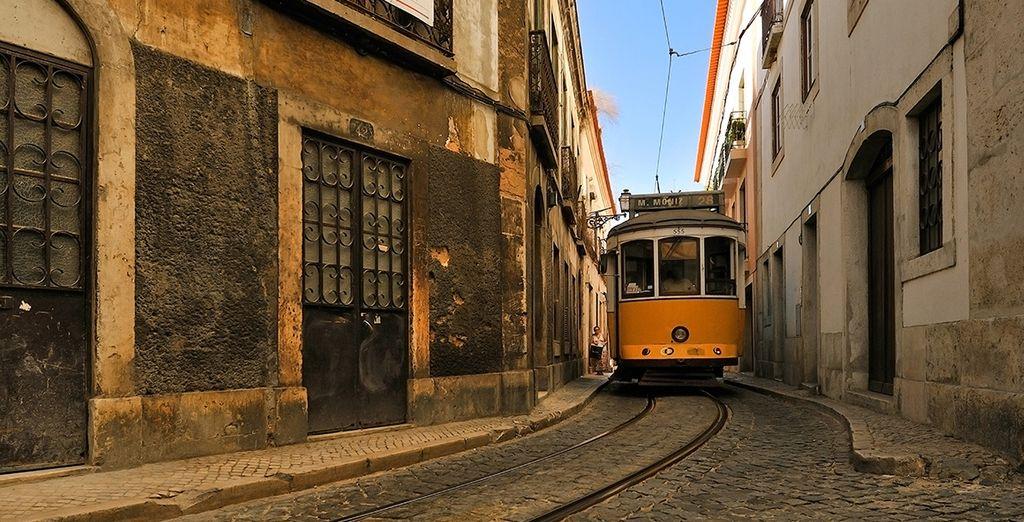 Découvrez l'histoire de la ville et remontez le temps dans l'Alfama