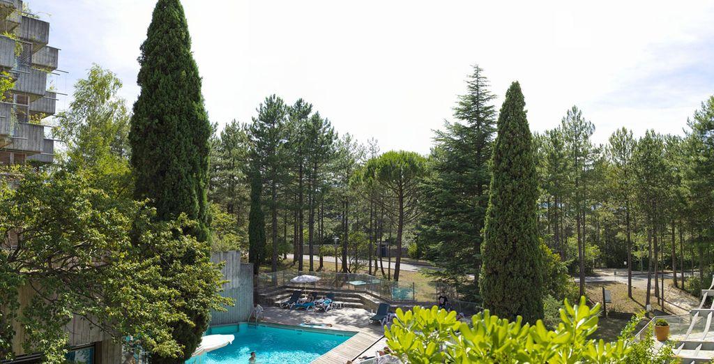 Et une piscine pour vous détendre !