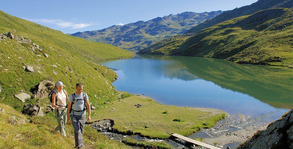 et découvrir la région lors d'une randonnée.