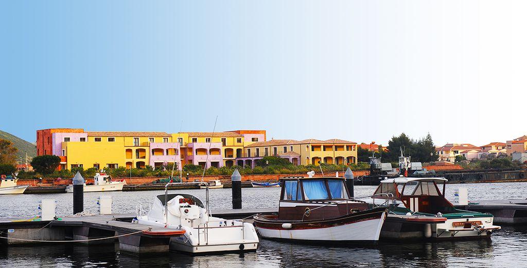 Un hôtel 4* situé directement sur la marina de Bosa...
