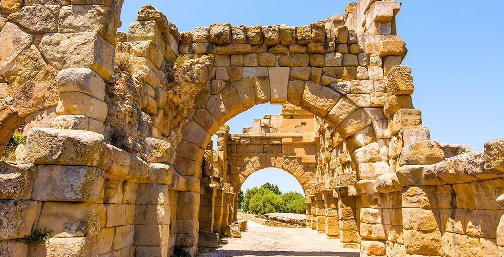 et les sites archéologiques environnants.