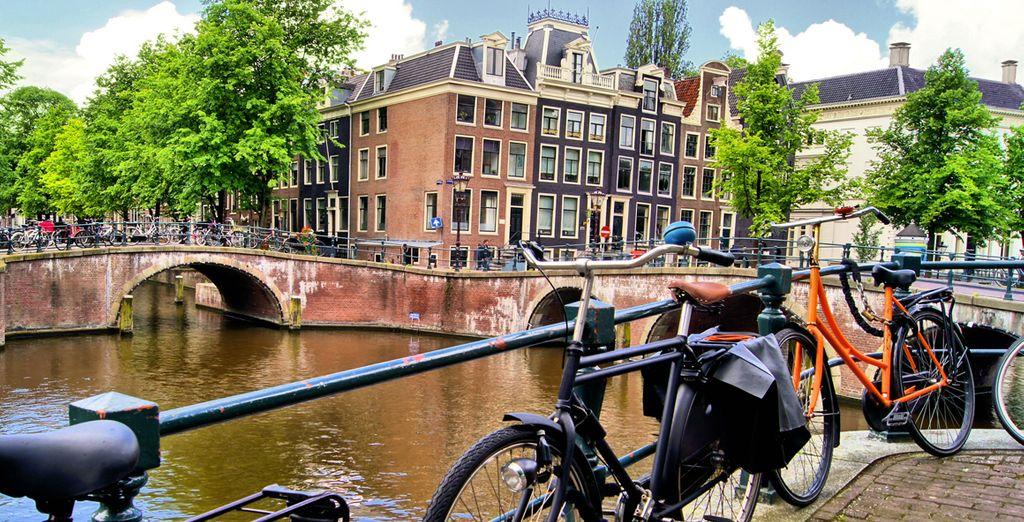 Flânez à bicyclette comme un authentique Amstellodamois