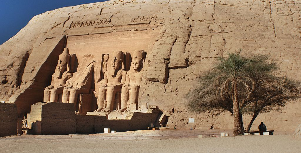 Ou encore Abou Simbel, temple dédié à la grandeur de Ramsès II et de son épouse Néfertari !