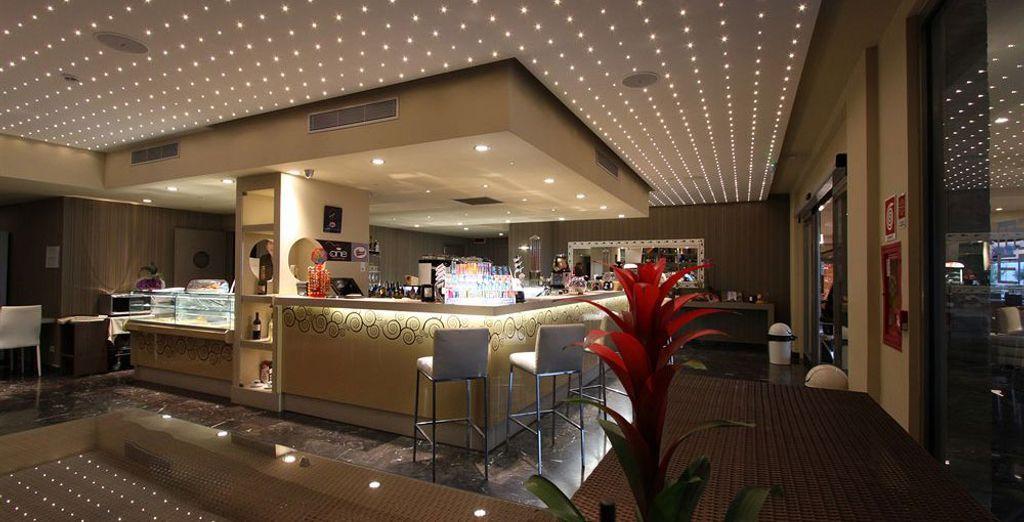 Différents restaurants et bars sont disponibles, parfaits pour goûter à la gastronomie locale