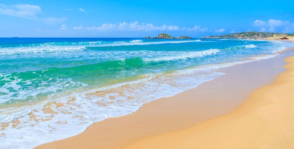 Et allez admirer les belles plages de Chia...