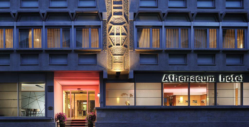 Le Athenaeum Personal Hotel vous ouvre ses portes