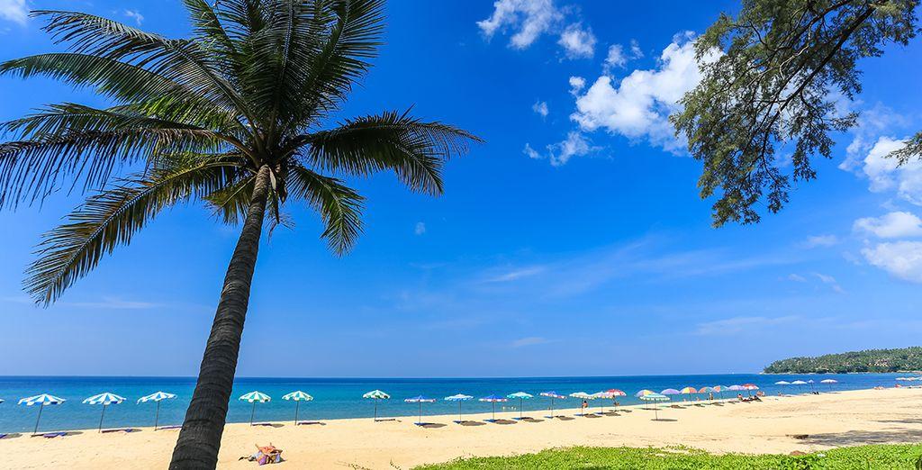 Tout commence près de la plage de Surin à Phuket
