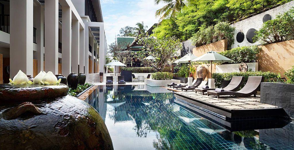 Le Manathai Surin Phuket 4*