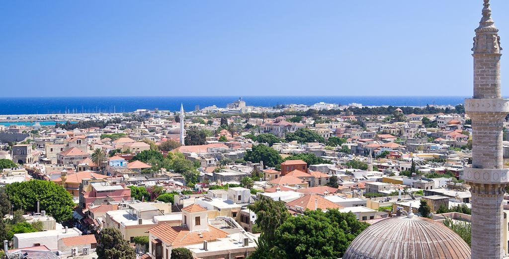 Entre la vieille ville de Rhodes