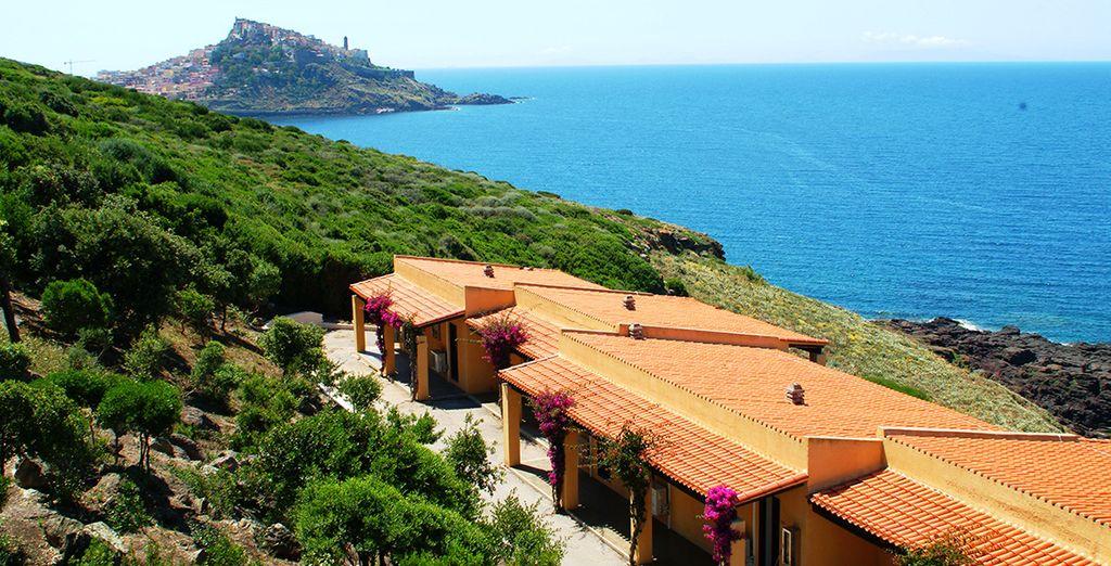 L'hôtel Castelsardo Resort Village 4* vous accueille entre nature verdoyante et mer turquoise