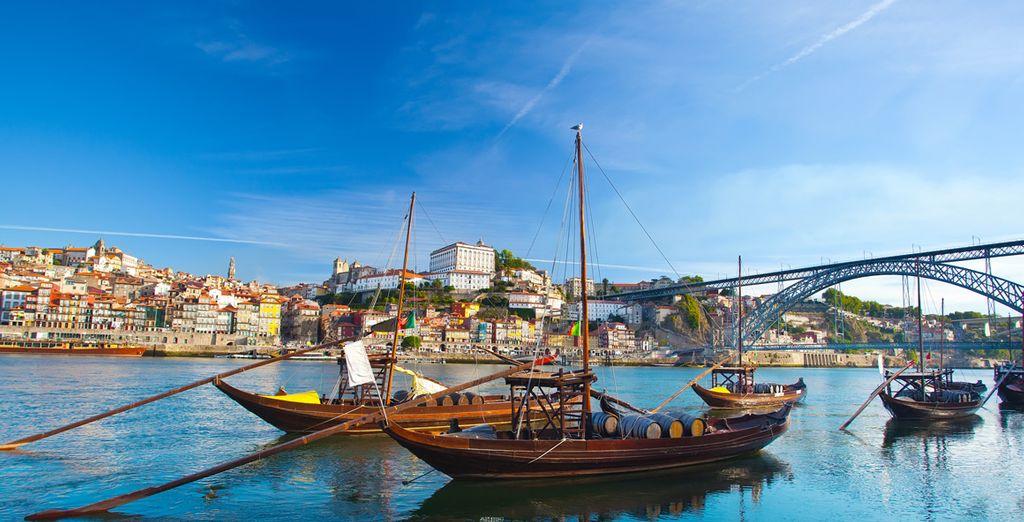 Vous serez situé à environ 1h de Porto...