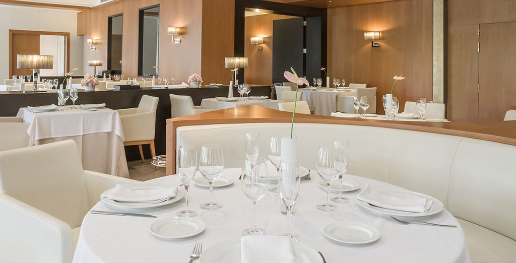 Alliez sobriété et élégance dans les restaurants de l'hôtel