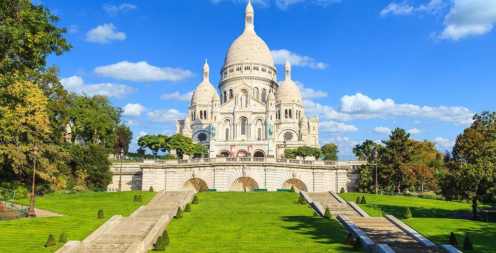 L'hôtel est idéalement situé au cœur de la Ville Lumière et à moins de 2km de Montmartre