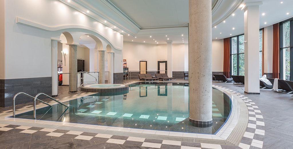 Enfin, le Spa de 900 m² saura vous satisfaire