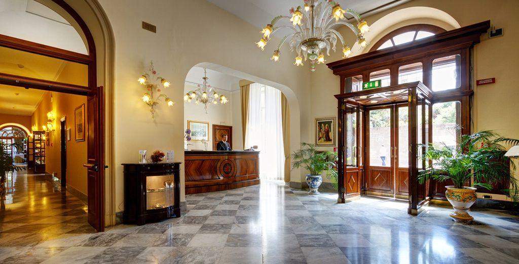 À la décoration luxueuse et raffinée - Hôtel Mercure Excelsior 4* Palerme