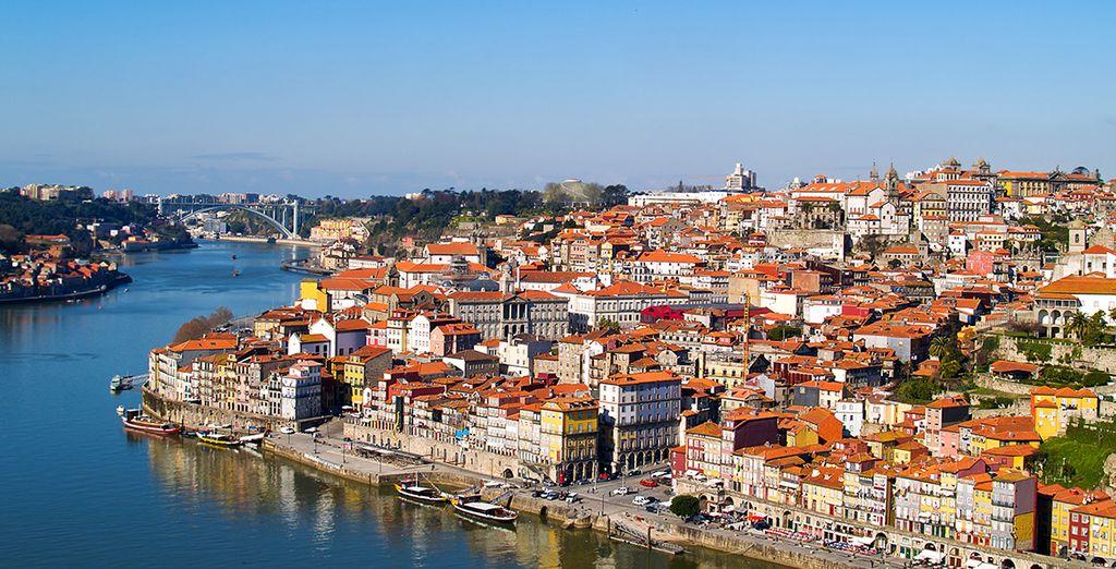 Amarré quai de la Ribeira, sur les bords du Douro...