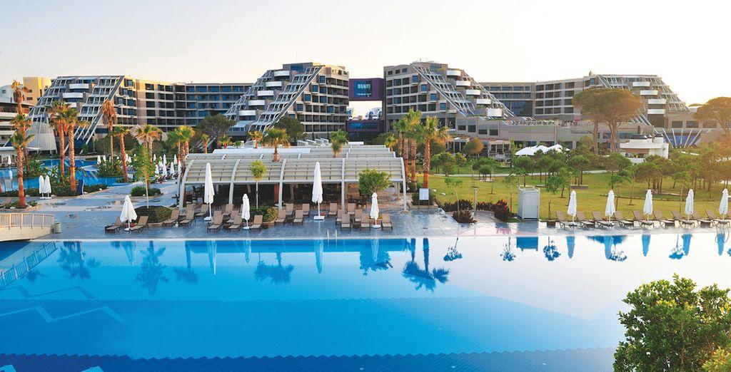Vous attendent au Susesi Luxury Resort