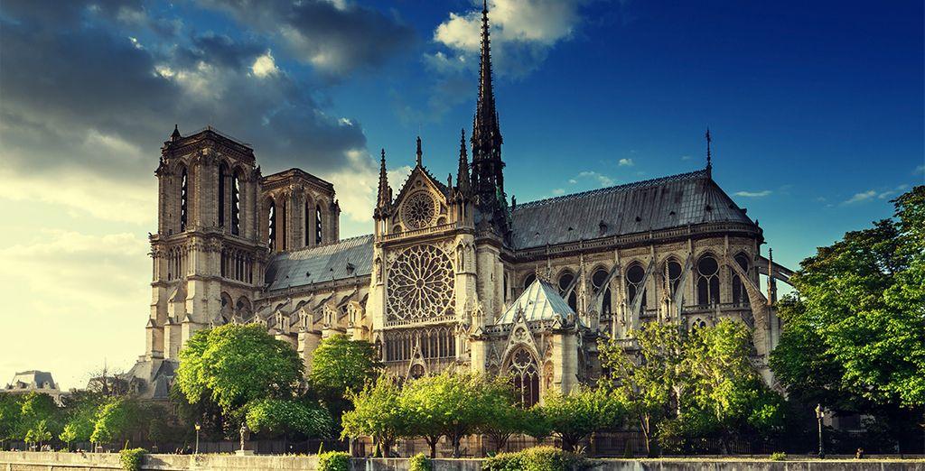 Photographie de l'incontournable monument de Paris : Cathédrale notre Dame de Paris