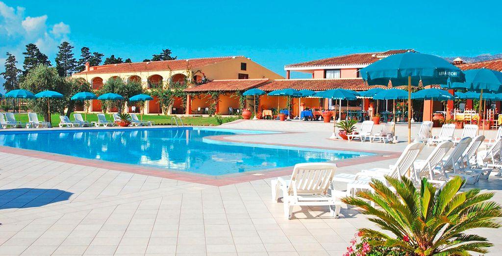Situé sur la côte orientale de la Sardaigne - Hôtel Club Marina Country 4* Orosei