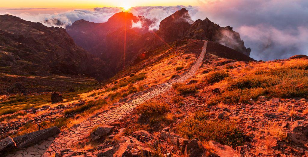 Paysages montagneux sur l'île de Madère au Portugal