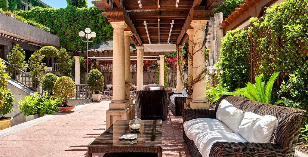Hôtel de luxe avec espace détente à Madrid, au centre ville, proche de toutes activités