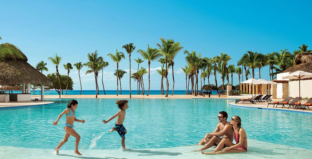 Hôtel de luxe 5 étoiles avec piscine et espace détente