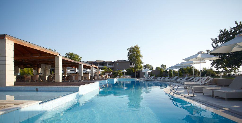 Location de vacances en Grèce au coeur d'un hôtel cinq étoiles avec spa, piscine et espace détente