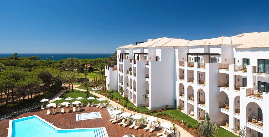 Découvrez l'hôtel Pine Cliffs Resort Ocean Suites