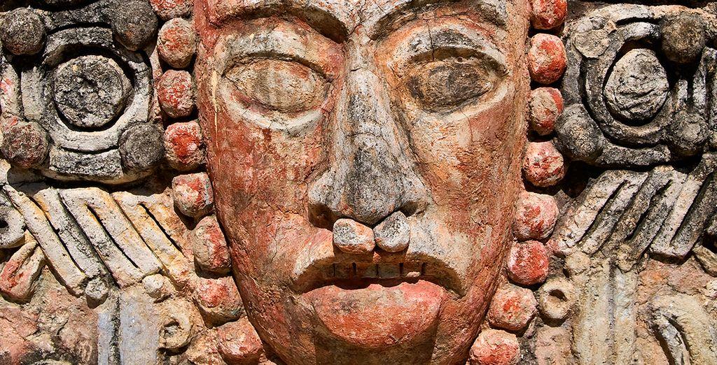 Les magnifiques stèles sculptées de Quirigua