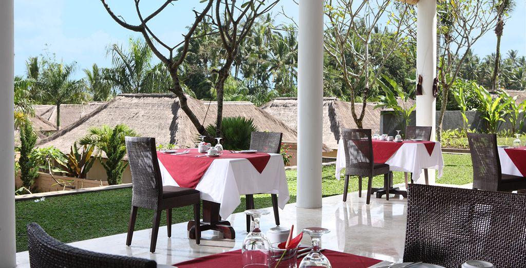 Le Furama Villas & Spa vous accueille pour quelques jours au coeur d'une nature foisonnante