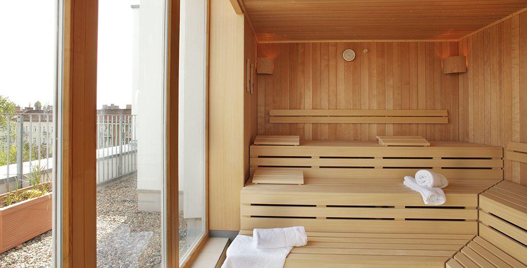 Et profitez de l'accès offert au sauna...