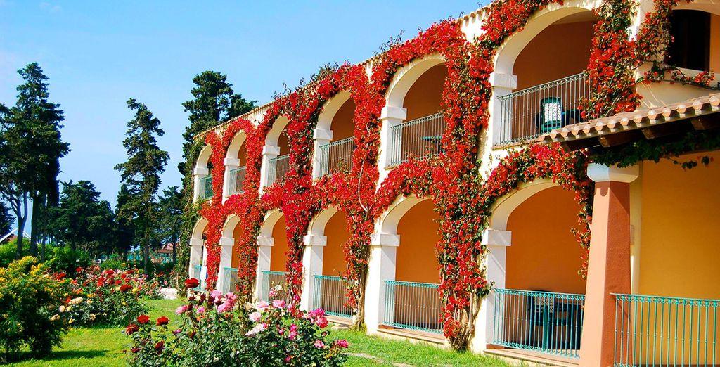 Le Marina Country Club et sa plage privée vous accueillent - Hôtel Club Marina Country 4* Orosei