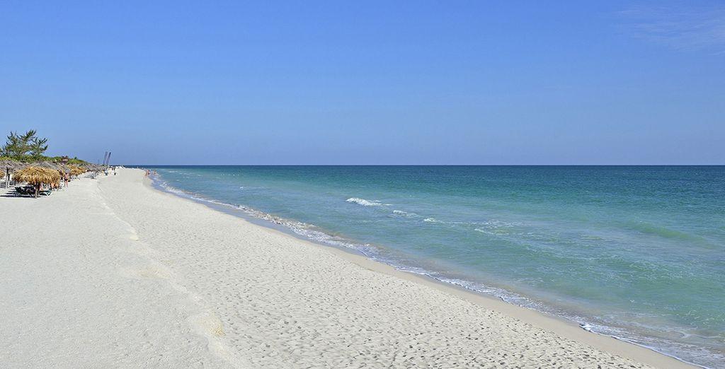 Et le long d'une des plus belles plages de l'île